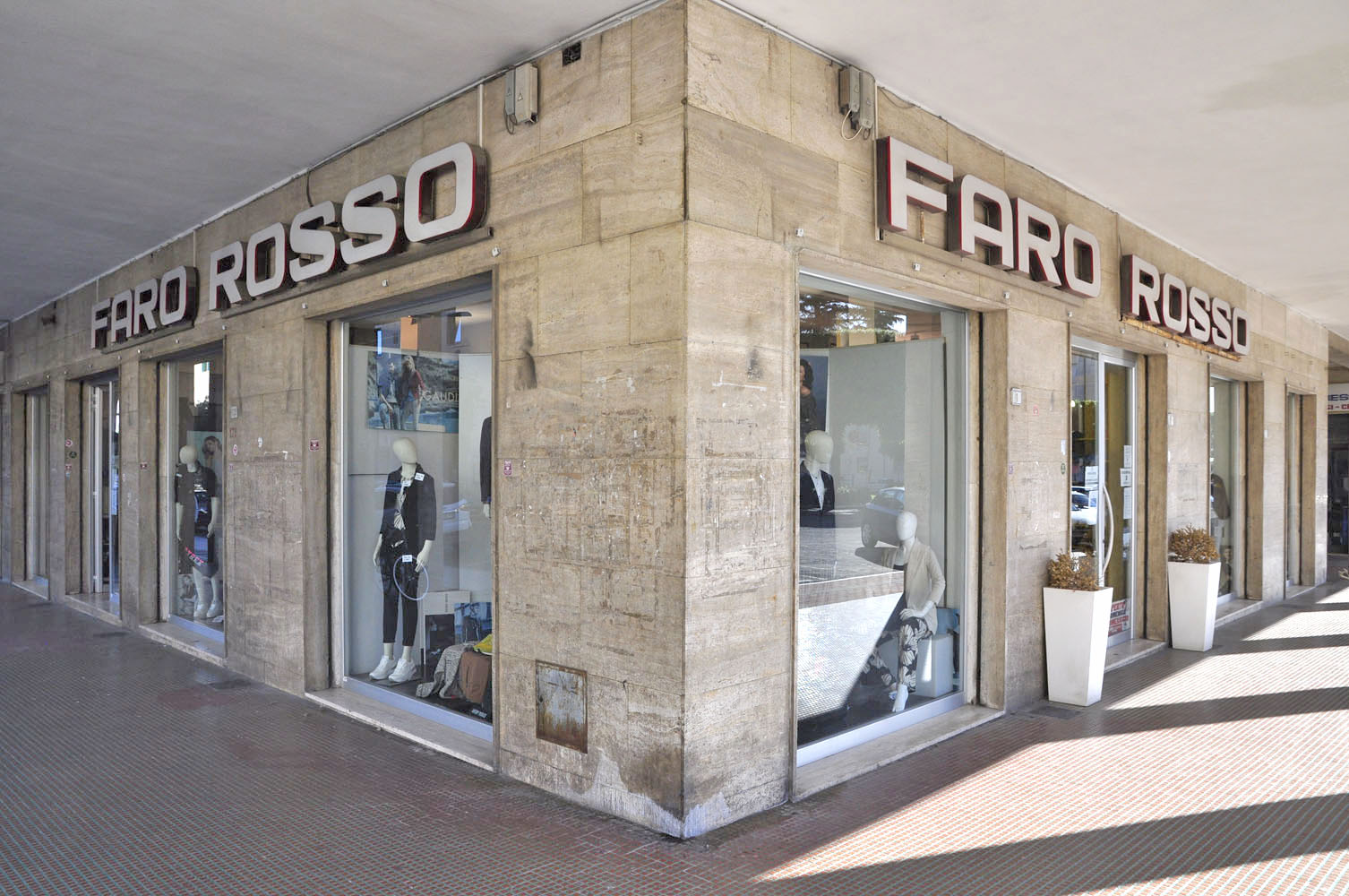 Faro Rosso